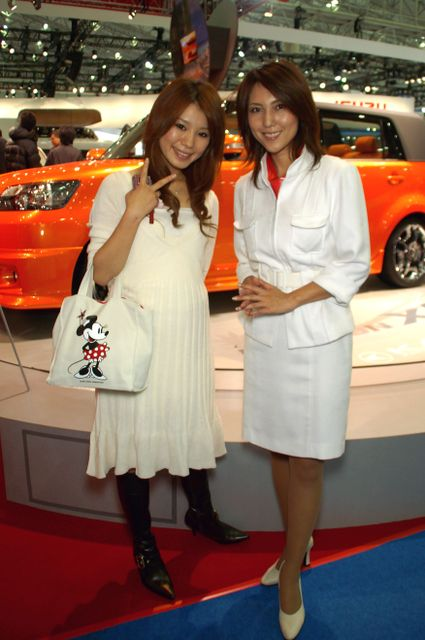 Nissan_diesel_30